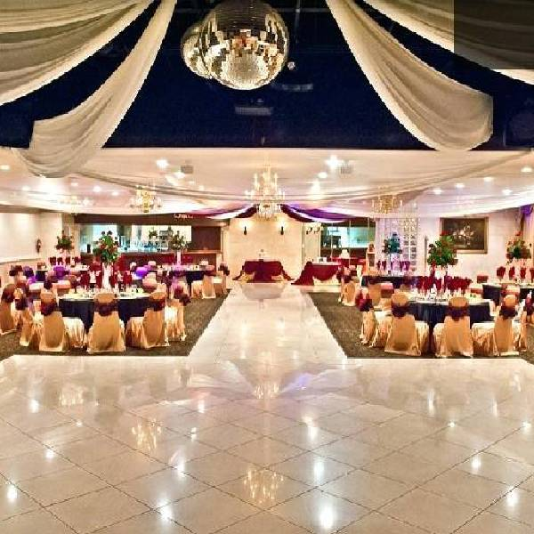 Grand Marraige Hall of Chennaiconventioncenter for the perfect wedding.