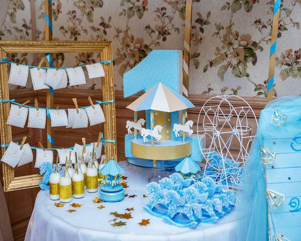 Disney Frozen Themed Table Setting Decorated On Centerpiece.